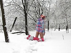 Femboy being horny jerking in Roxy snowboard clothes outside