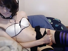 Beautiful Femboy Fucks His Ass and Cums