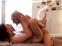 Trap 'n Fem Twink having fun together