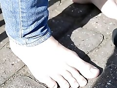MF Asheen's AX sexy bare feet