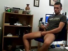 Horny Boy Wank on Cam