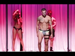 MUSCLE STUD SISSY TWINKS & TS CD DRAG TRAPS FASHION SHOW