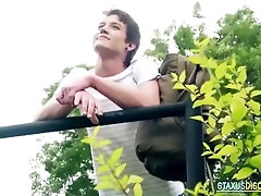 Free46 Awesome outdoor bareback twink sex