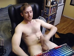 BIG UNCUT DICK YOUNG CANADIAN STUD JERKS OFF ON WEBCAM AND CUMS ON CHEST