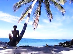 Tuga bate punheta nas Caraíbas