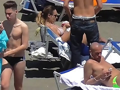 Italian males in skimpy speedos galore Zesil