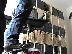 Wanking cumshot on my Sendra Cowboy boots und Nike Total 90