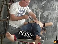 Casper has never experienced the sensations of cock sounding
